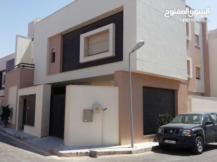 More rooms  Villa for sale in Tripoli city Alfornaj