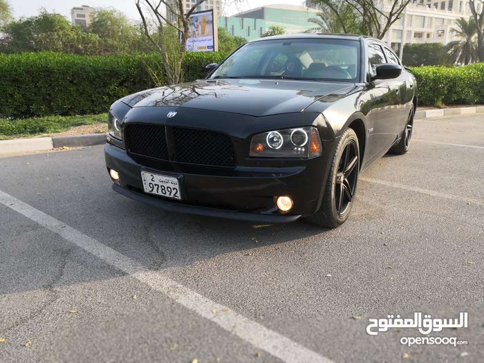 Used condition Dodge Charger 2010 with +200,000 km mileage