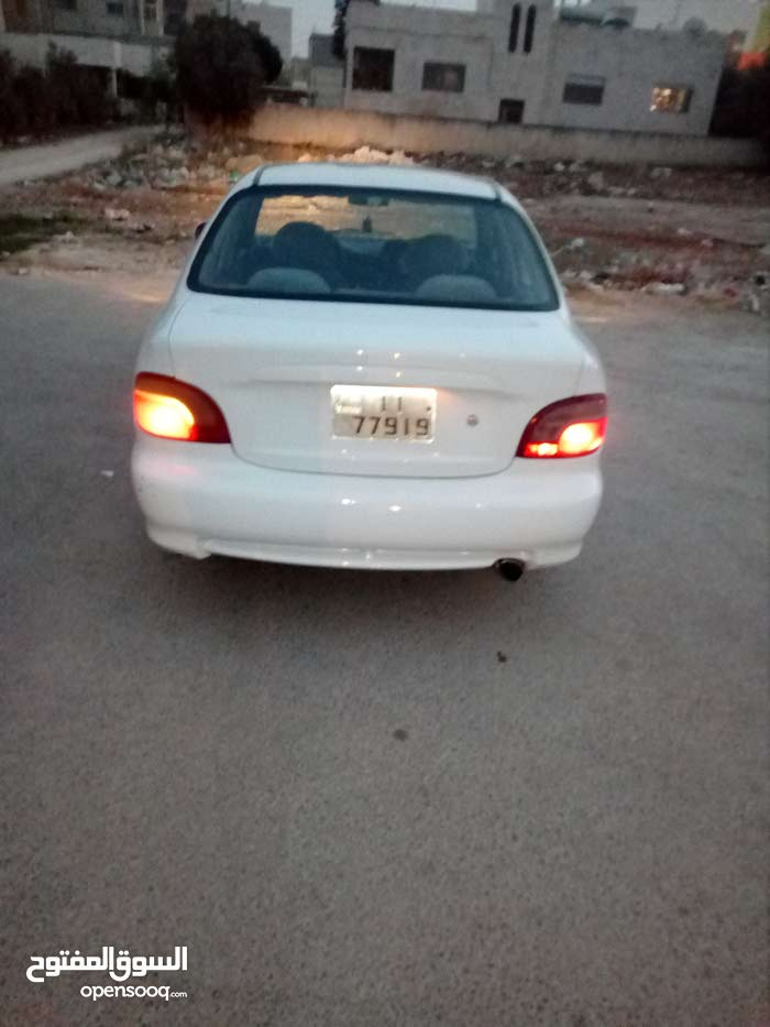 Automatic White Hyundai 1995 for sale