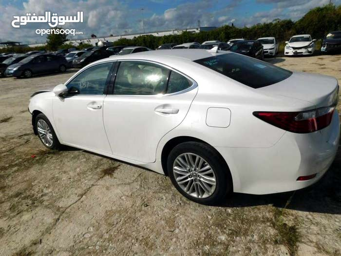 Gasoline Fuel/Power   Lexus ES 2014