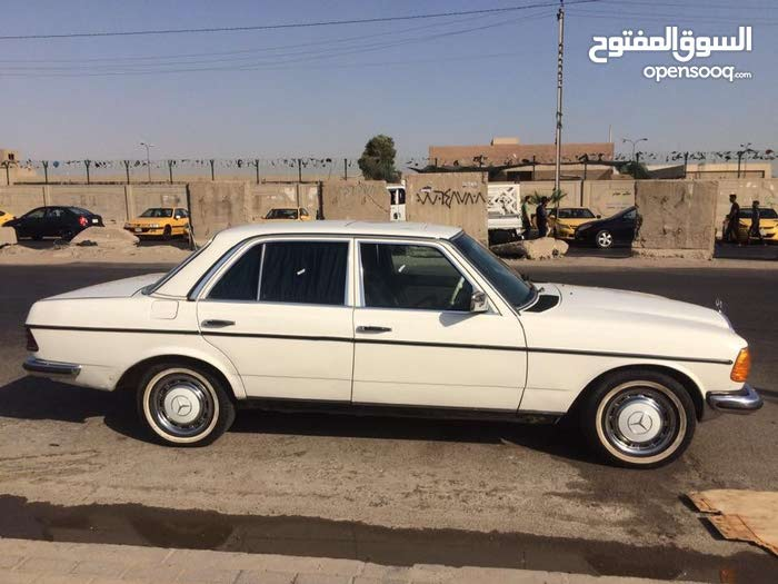 Gasoline Fuel/Power   Mercedes Benz C 230 1983
