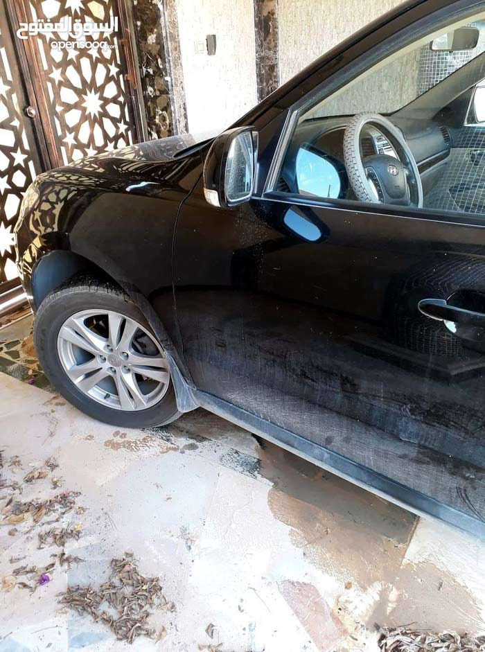Used Hyundai Santa Fe for sale in Misrata