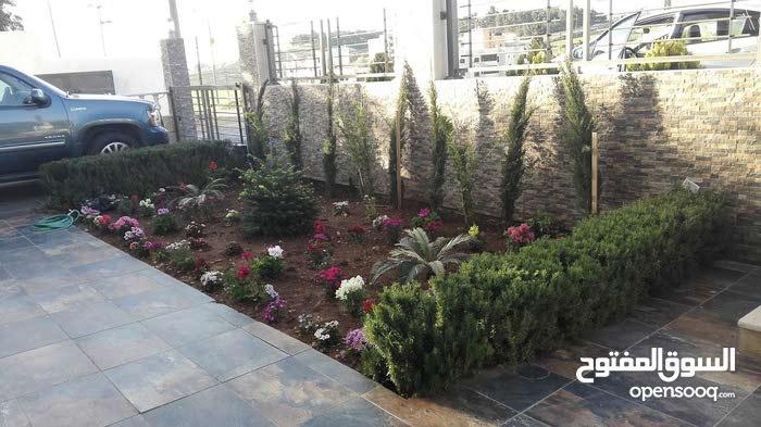 شقة ارضية للبيع 225متر صافي مفروشة بالكامل بعد كازية السلام