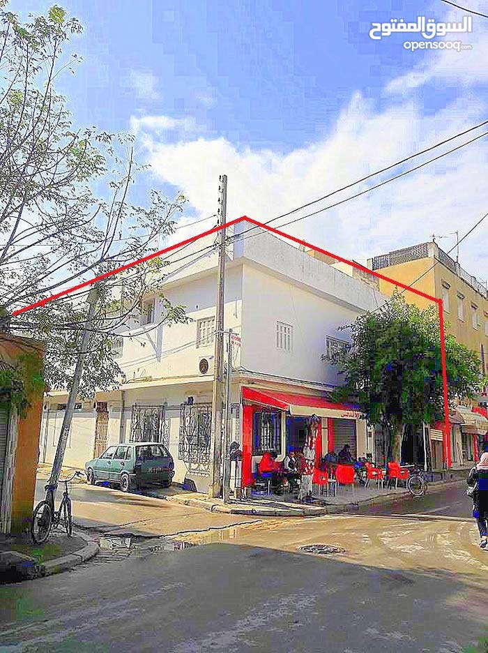 عمارة سكنية وتجارية للبيع في تونس  RE/MAX