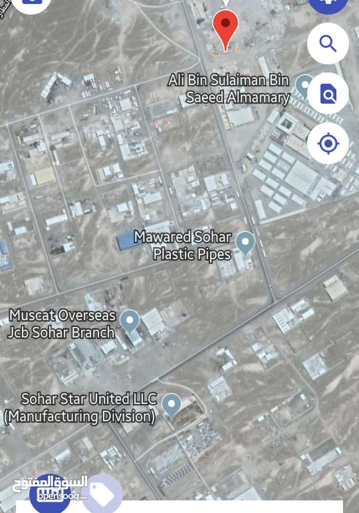 فرصة ارض صناعية للايجار أو الاستثمار في صحار
