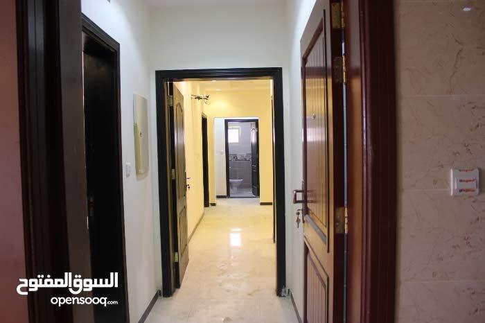 شقة روف للبيع في جدة