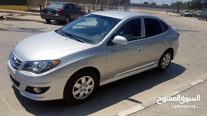 hounday Elantra 2019 rent with driver