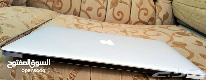 Apple Mac Book Pro - Intel Core i7- DVD- Face Time- 15 Inches - Fast
