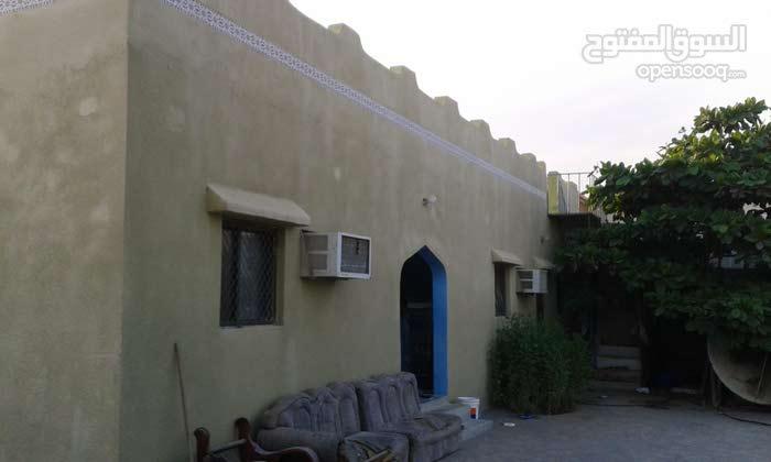 منزل للبيع فولايه الخابوره في قصبيه البوسعيد يبعد عن البحر500متر