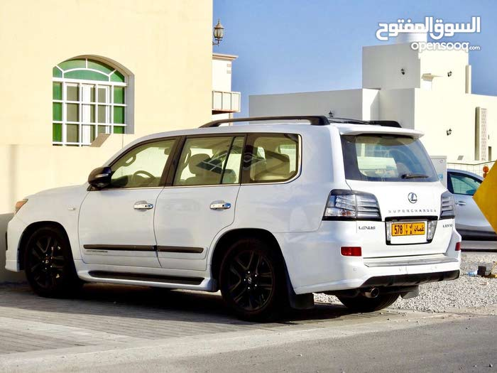 Lexus LX car for sale 2010 in Muscat city