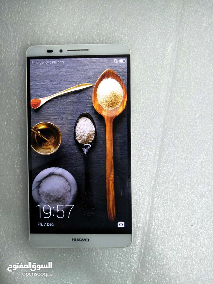 Huawei ascend mate 7 2Gb ram 16Gb phone storage  Duvel sim support  Single camer