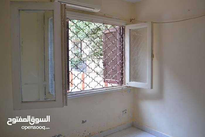 شقة للايجار ادارى على الشارع حى المتميز