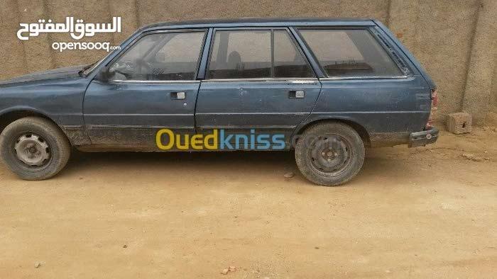 سيارة 305 بريك 1984
