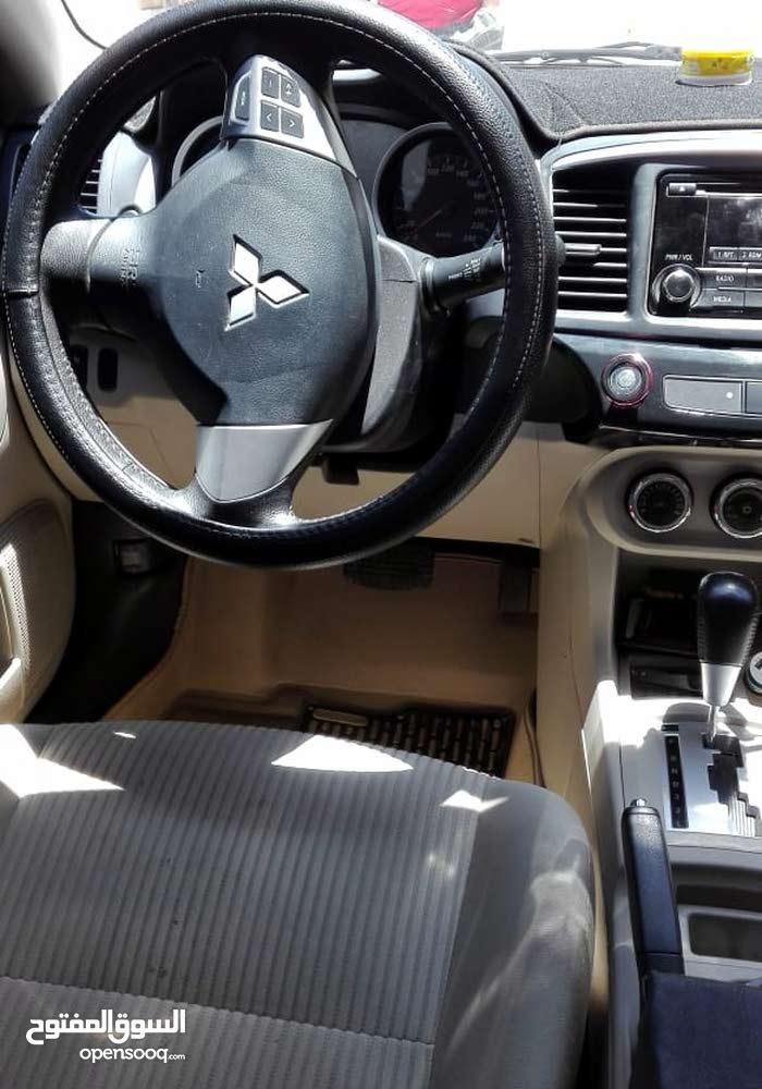 Mitsubishi Other car for sale 2015 in Madaba city
