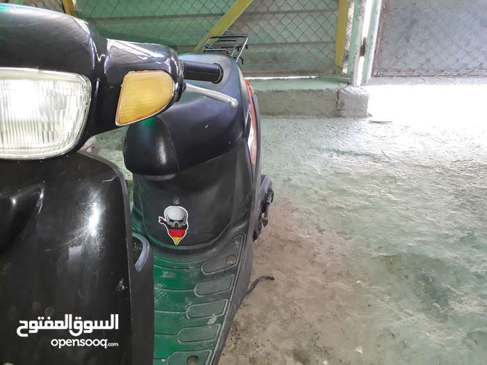 Used Yamaha motorbike made in 2018 for sale