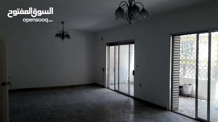 شقة 270 متر شارع مار الياس