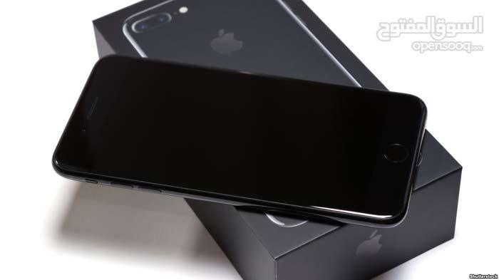 iPhone 8+للبيع فقط