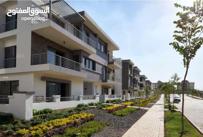 شقة 117 م بكمبوند بالقاهرة الجديدة بالتقسيط حتى 10 سنوات