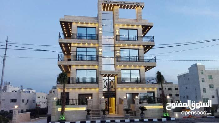 شقه للبيع مساحه 160 متر مربع في ضاحيه الياسمين قرب الكارفور و حديقه الشباب