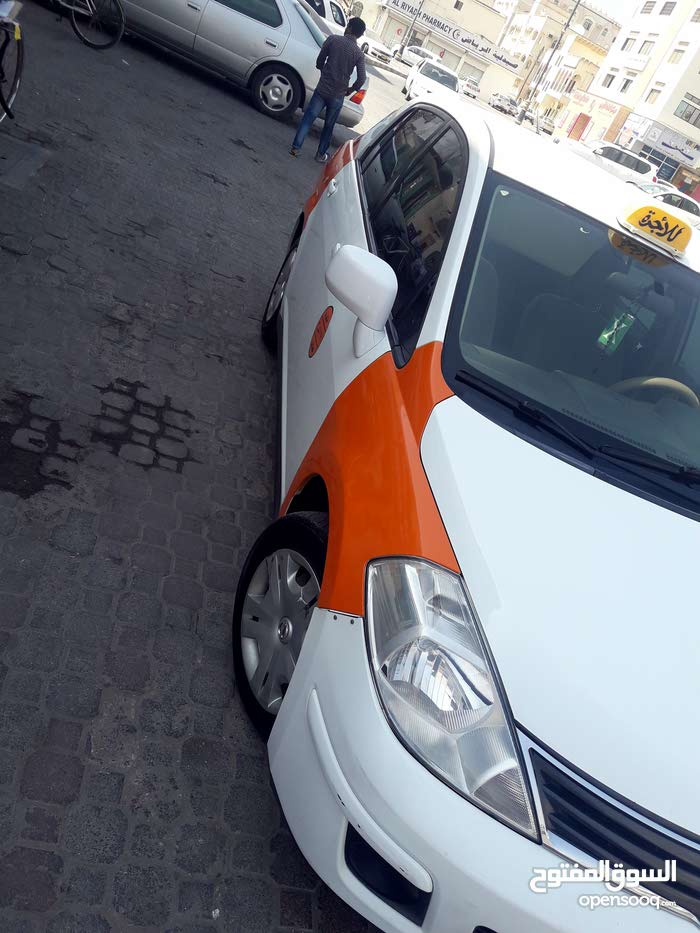 Available for sale! +200,000 km mileage Nissan Tiida 2012