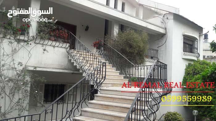 فيلا دوبلكيس علي مساحة دلم للايجار في عزة
