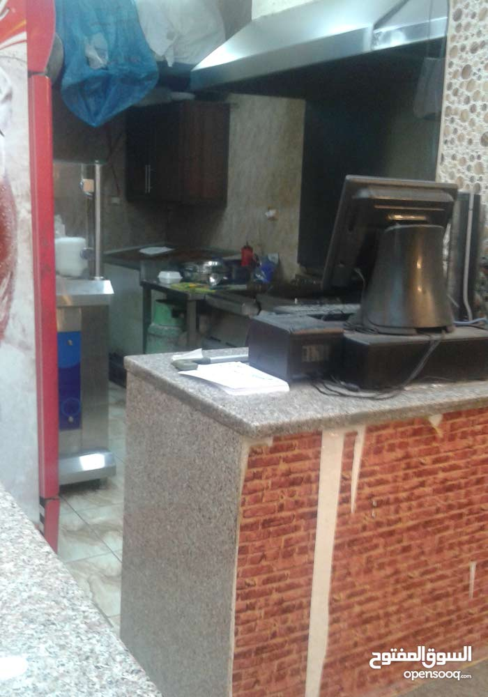 مطعم سناكات وشاورما على الصاج للبيع والاستثمار
