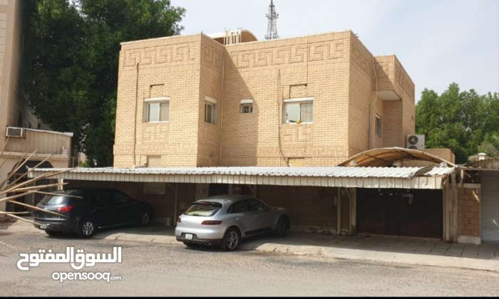 Villa for sale with More rooms - Farwaniya city Ardhiya