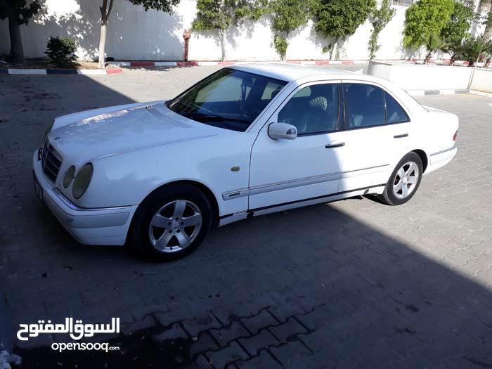 مرسيدس E250 موديل 1999 للبيع