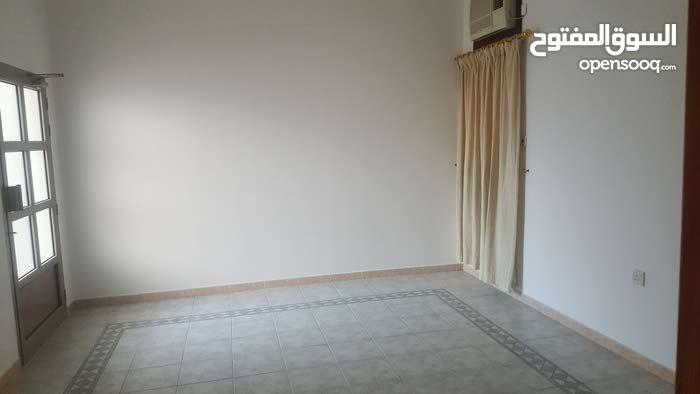 شقة ثلاث غرف في البسيتين للايجار