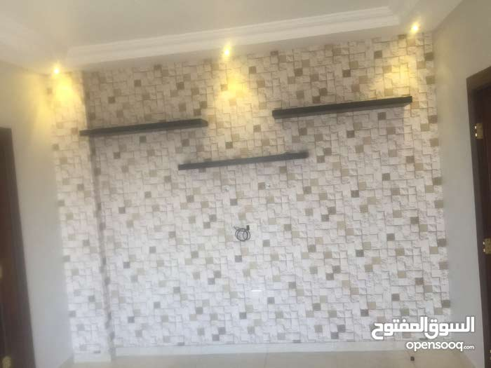 Third Floor  apartment for rent with 5 rooms - Amman city Jubaiha