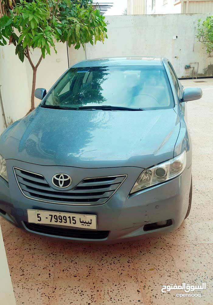 Used condition Toyota Camry 2010 with 70,000 - 79,999 km mileage