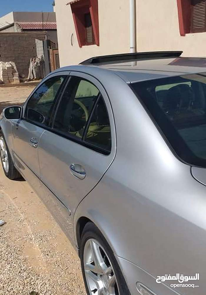 Used Mercedes Benz E 350 in Tripoli