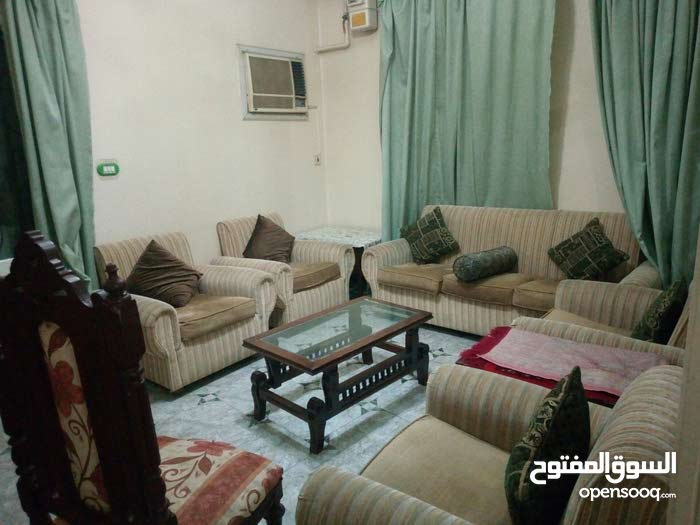 شقة مفروشة للايجار خلف مطعم جاد من عباس العقاد / مدينة نصر
