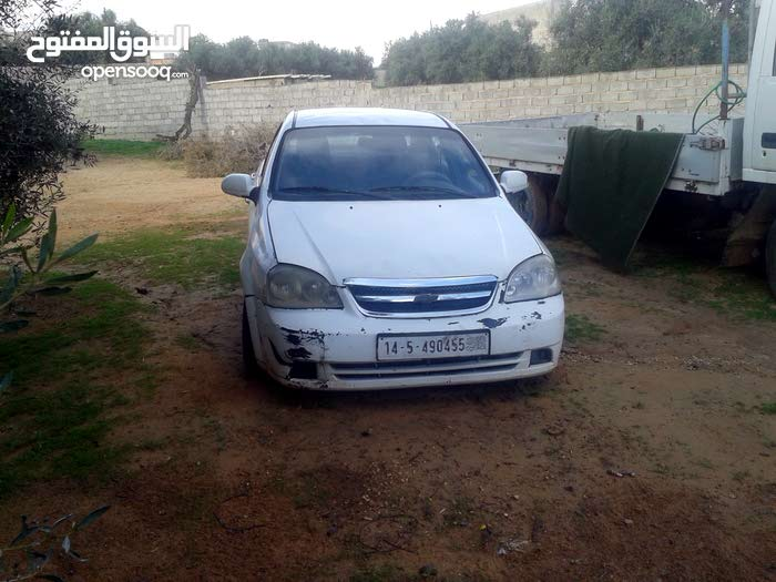 +200,000 km mileage Chevrolet Optra for sale