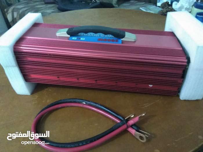 جهاز انفيرتر يحول من 12 فولت كهرباء السياره إلى 220 فولت