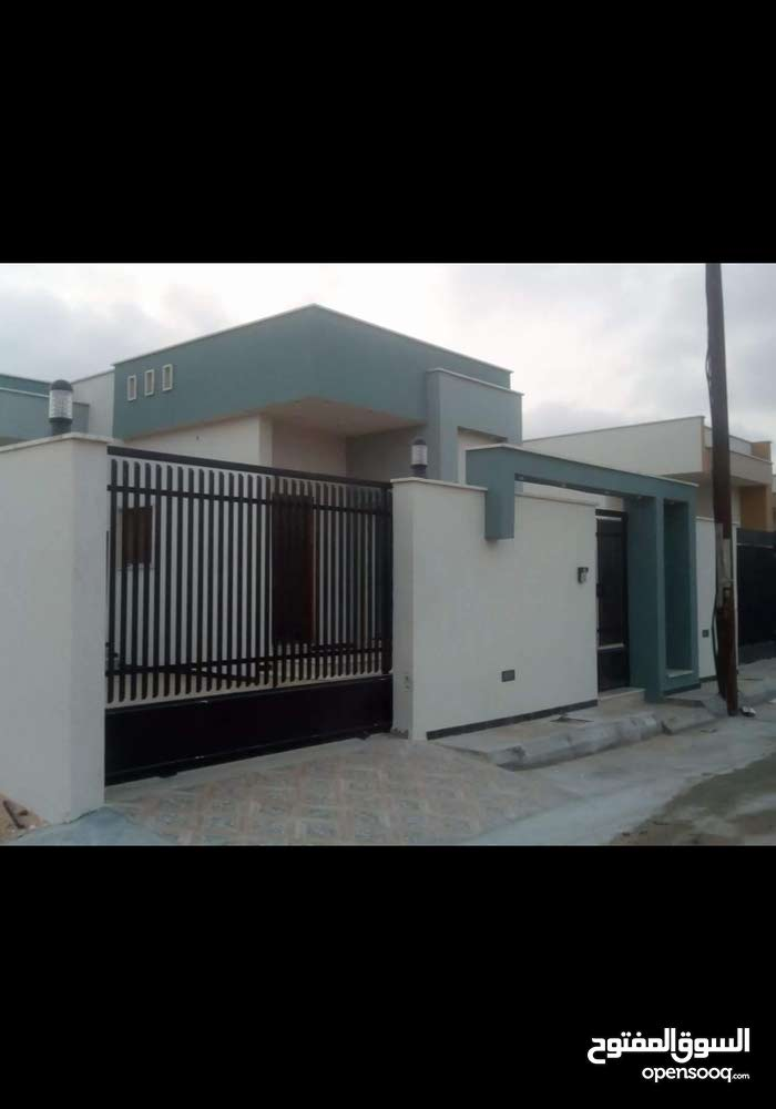 منزل تشطيب ممتاز 2018 عين زارة قرب جامع الكحيلي