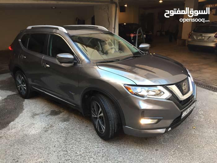 Grey Nissan X-Trail 2017 for sale