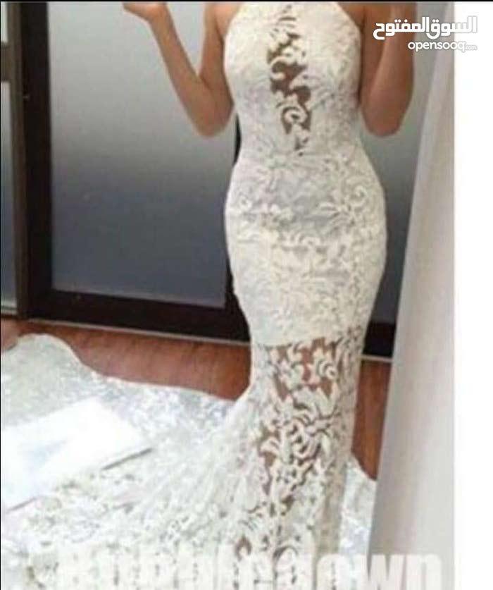 فستان روعة طويل
