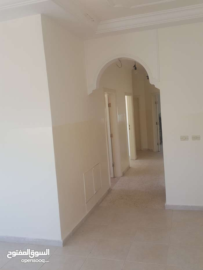 Daheit Al Aqsa neighborhood Amman city - 120 sqm apartment for rent