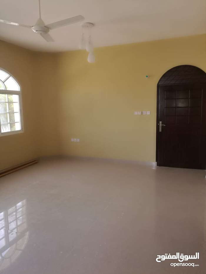 apartment for rent in Seeb city Al Mawalih North