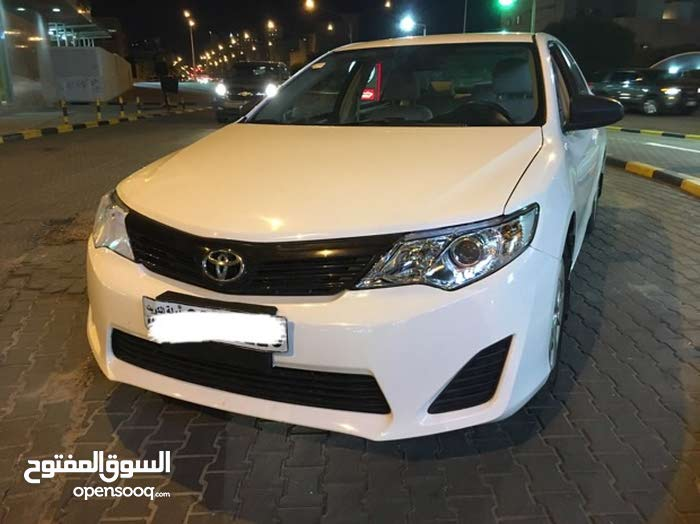 100,000 - 109,999 km Toyota Camry 2013 for sale