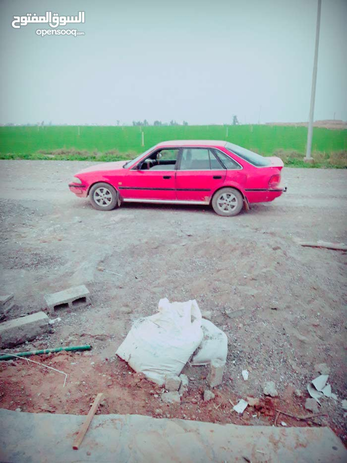 For sale 1990 Red Carina