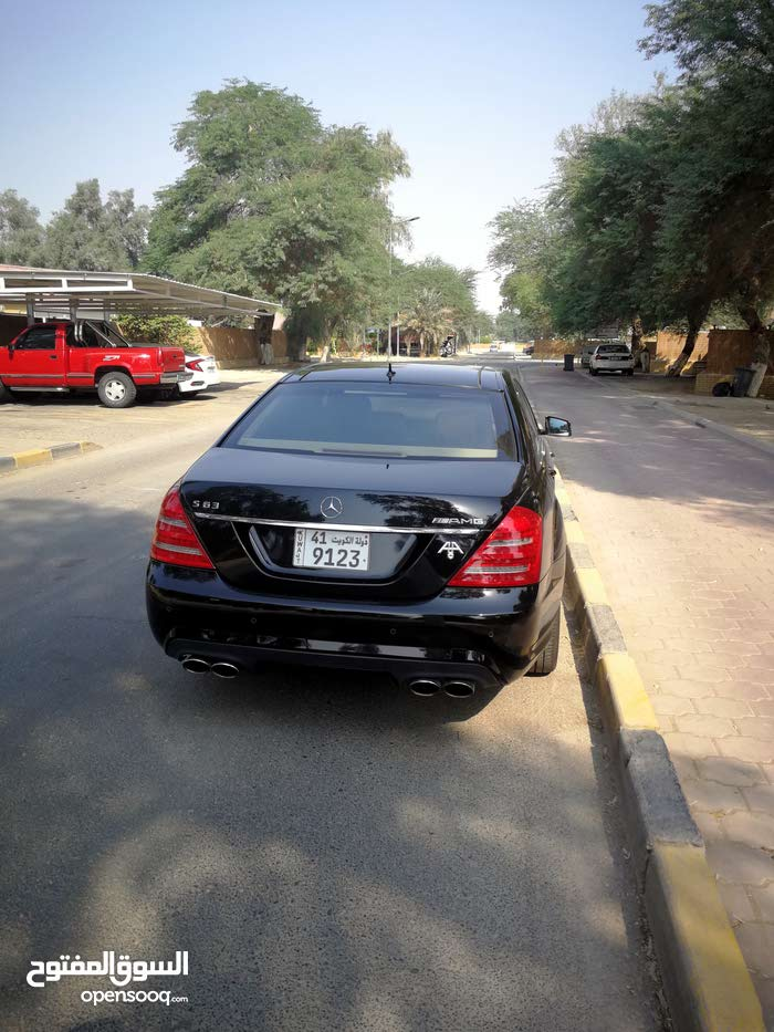 Available for sale! 80,000 - 89,999 km mileage Mercedes Benz SL 63 AMG 2010