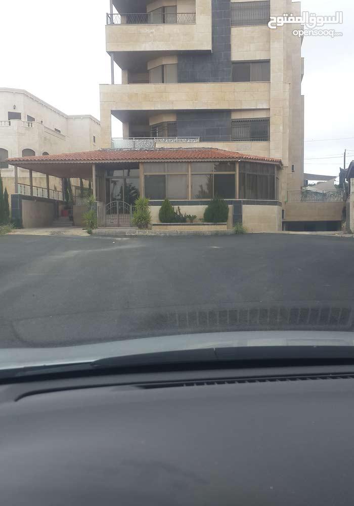 4 rooms  apartment for sale in Amman city Tla' Ali