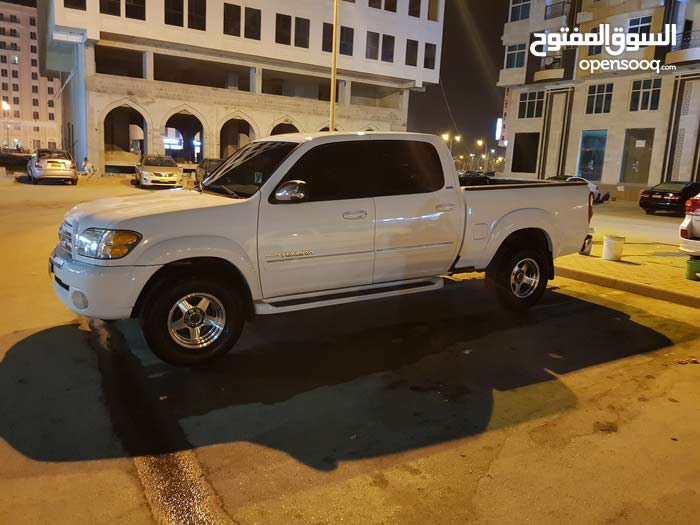 1 - 9,999 km Toyota Tundra 2004 for sale