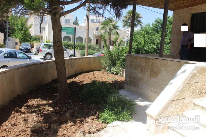 Khalda neighborhood Amman city - 185 sqm apartment for rent