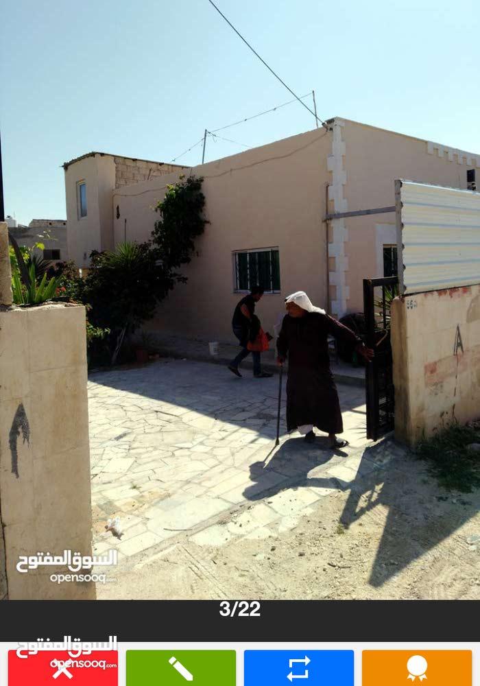 بيت مستقل 130م مأدبا التيم الغربي كوشان  مشترك قابل للتفاوض
