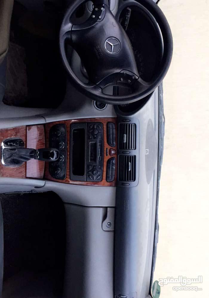 Grey Mercedes Benz C 200 2002 for sale