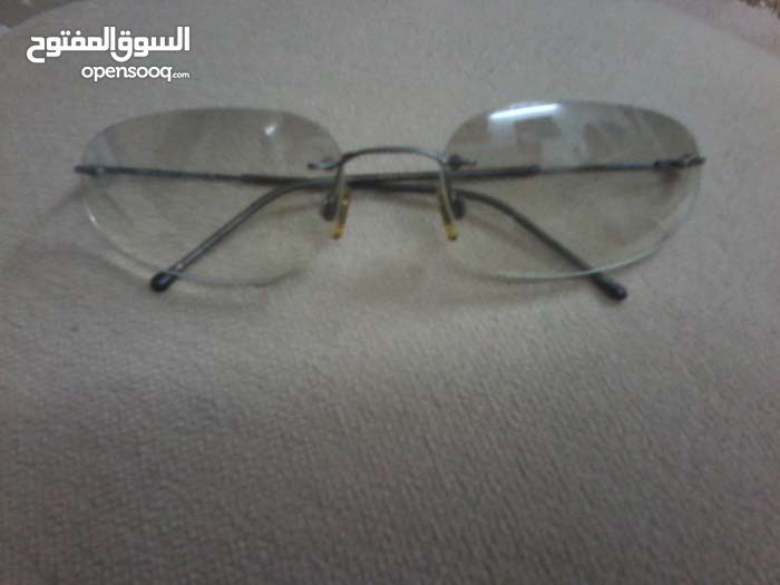 """نظارة جورجيو أرماني أصلية صناعة أيطالية تصميم رائع و خفيفة الوزن """" أصلية 100% """""""