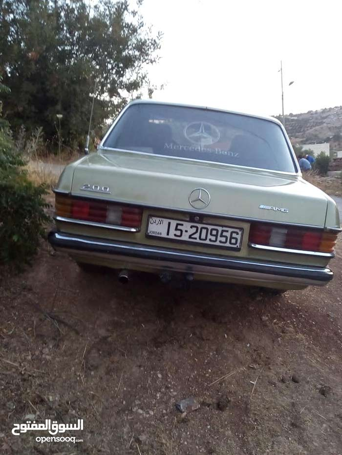 Mercedes Benz C 200 car is available for sale, the car is in